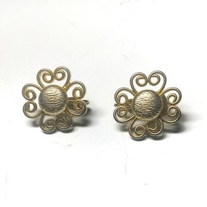 Vintage gold tone floral curly retro earrings